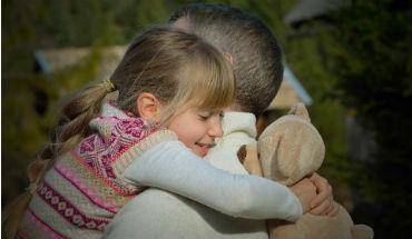 Moeilijke onderwerpen – hoe praat je erover met je kleinkind?
