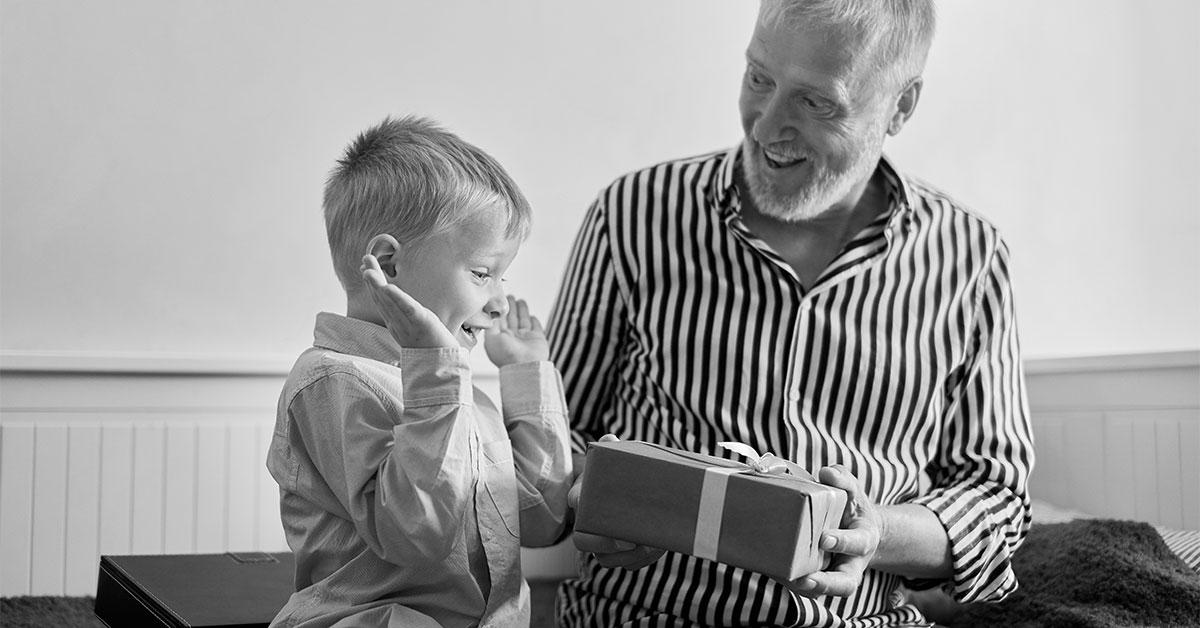 Fonkelnieuw Cadeau voor kleinkind kiezen: tips en tricks | Opa 'n Oma DD-04