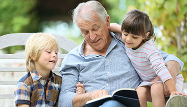 Grootouders steunpilaar voor gezinnen – 4 manieren