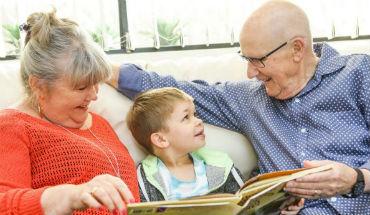 Grootouders als oppas: vanzelfsprekend of een gunst?
