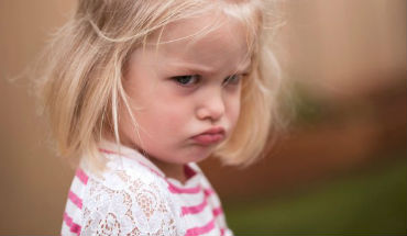Wat je NIET moet doen als je kleinkind boos is!