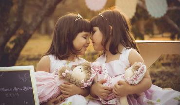 Tweeling kleinkinderen – 6 nuttige tips voor grootouders